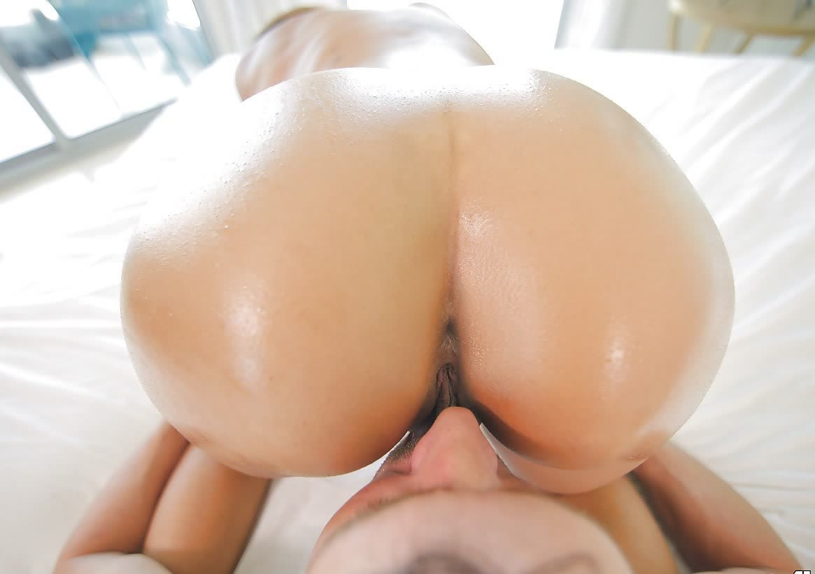 Bible gal first time to suck a cock